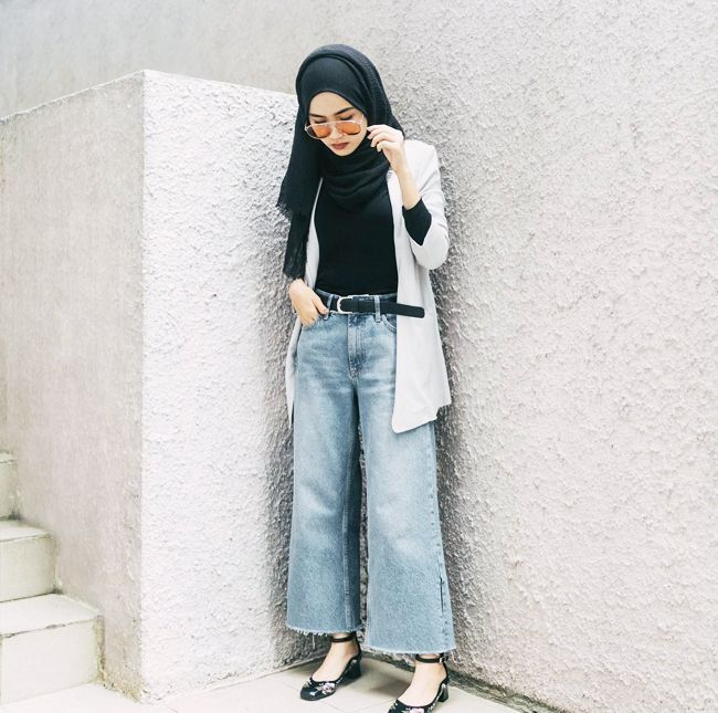 0ae8484118a Modest Fashion: Everything You Need to Know About It | Who What Wear