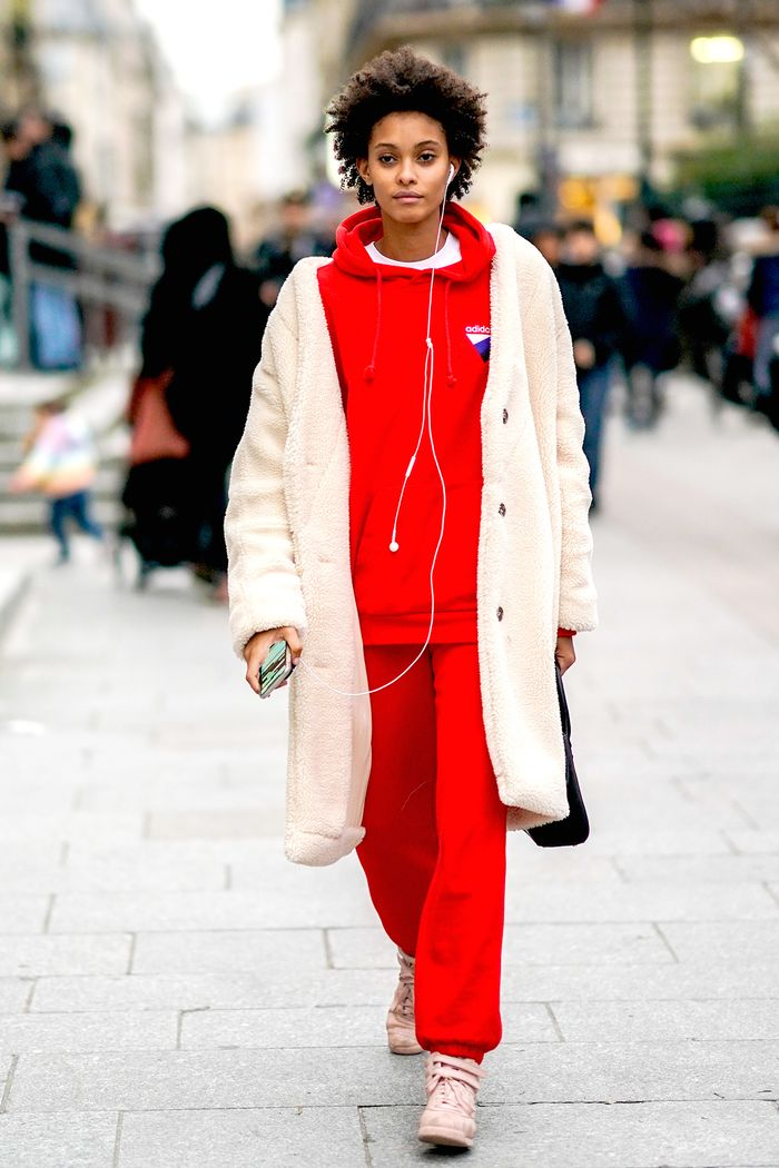 fine red sweatshirt outfits 12