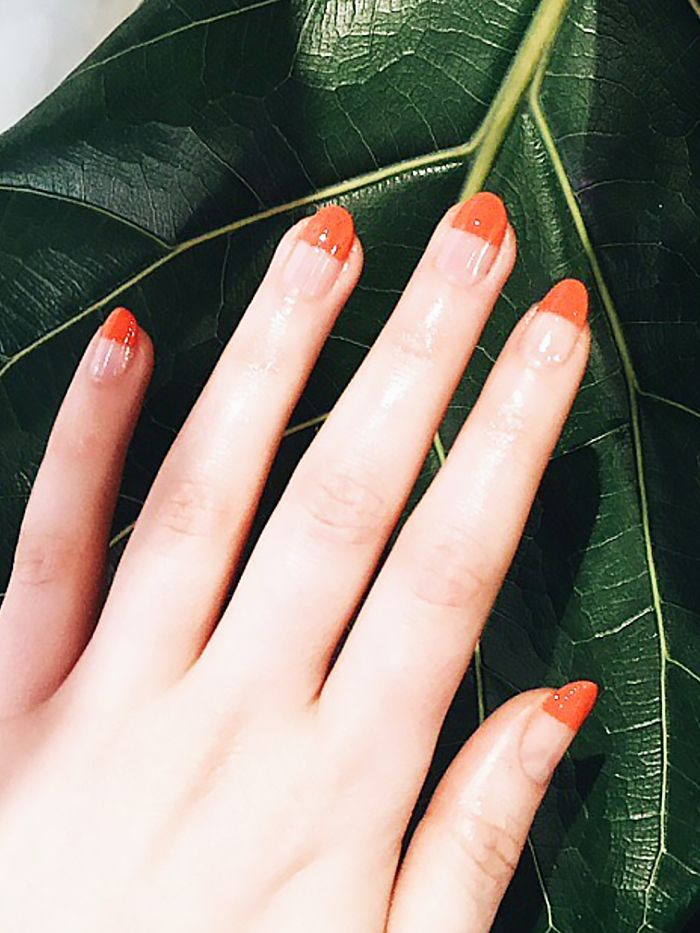 14 Minimalist Nail Art Designs That Actually Arent Boring Byrdie