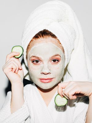 These Blackhead-Clearing Face Masks Are Like Vacuums for Your Pores