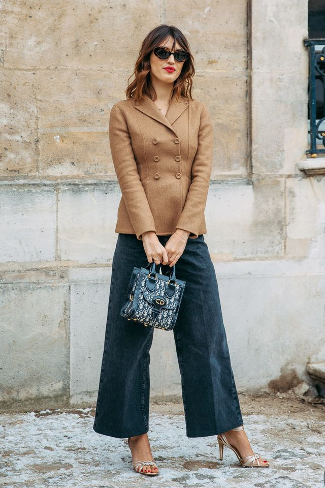 <p>An easy outfit for everywhere from the office to weekend errands.</p>