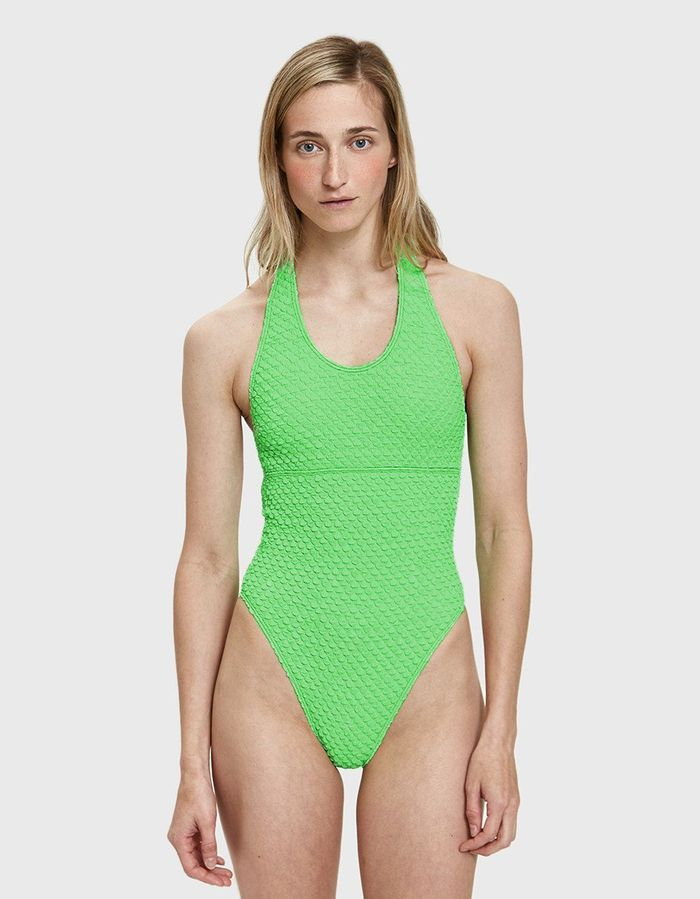 8fc622f883 The 7 Most Flattering Swimsuit Brands to Take on Vacation | Who What ...