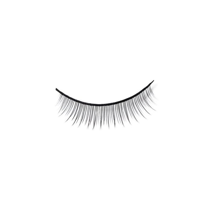 The Pros and Cons of Eyelash Extensions | Byrdie UK