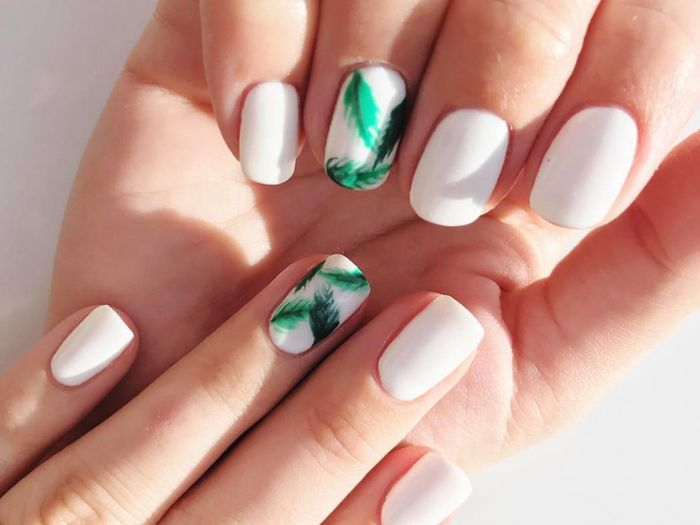 - 12 Impossibly Pretty, Spring-Ready Nail Designs Byrdie