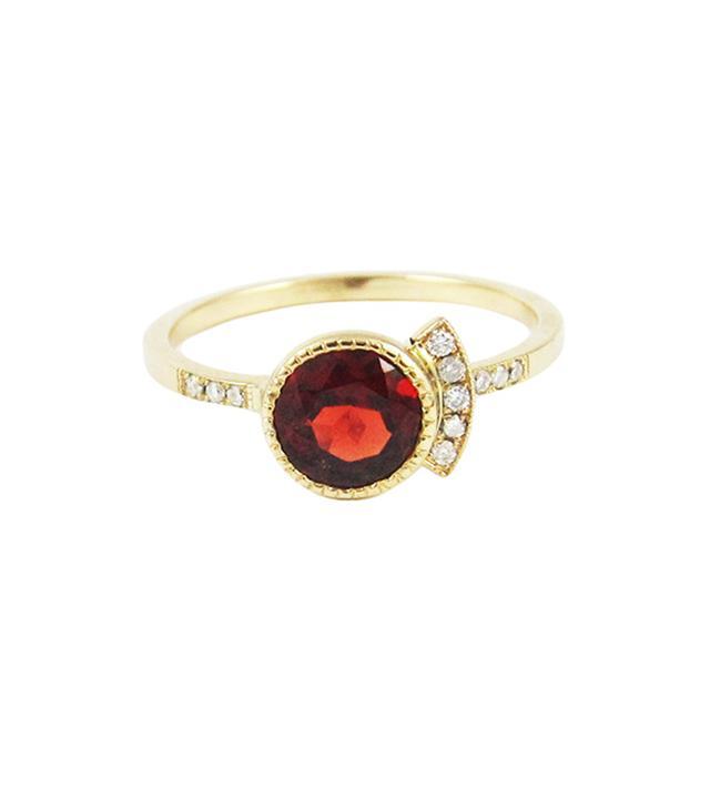 Round Garnet Deco Ring