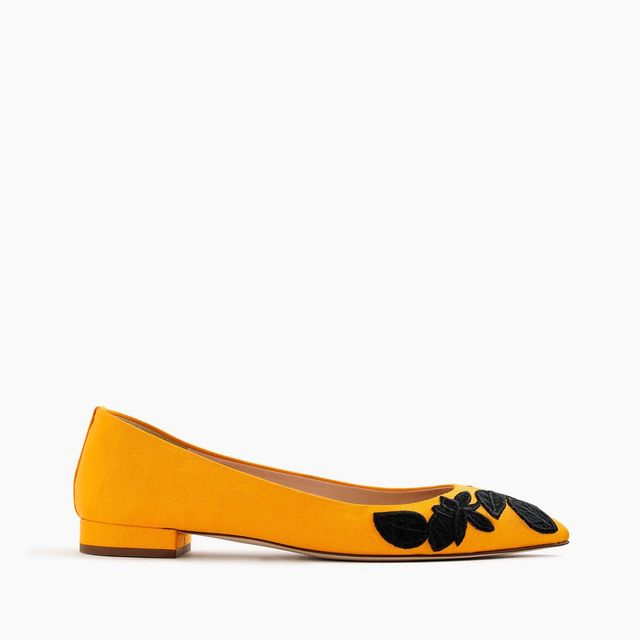 Embroidered pointed-toe flats