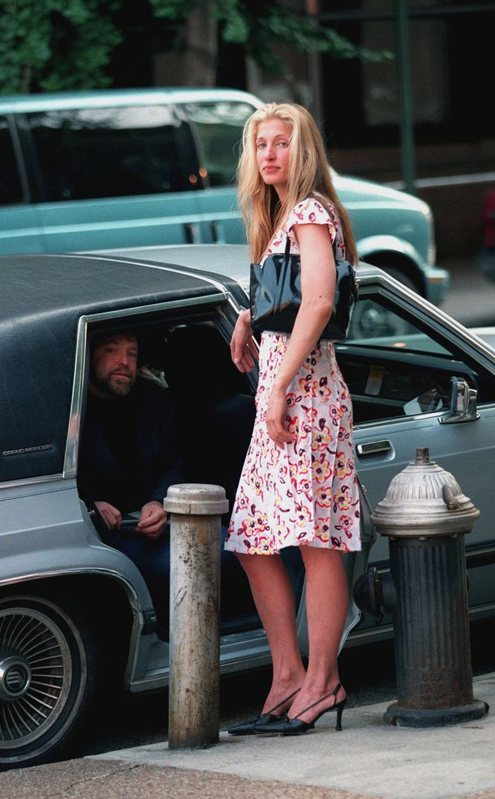 Carolyn Bessette Kennedy Is The 2018 Style Icon I Need