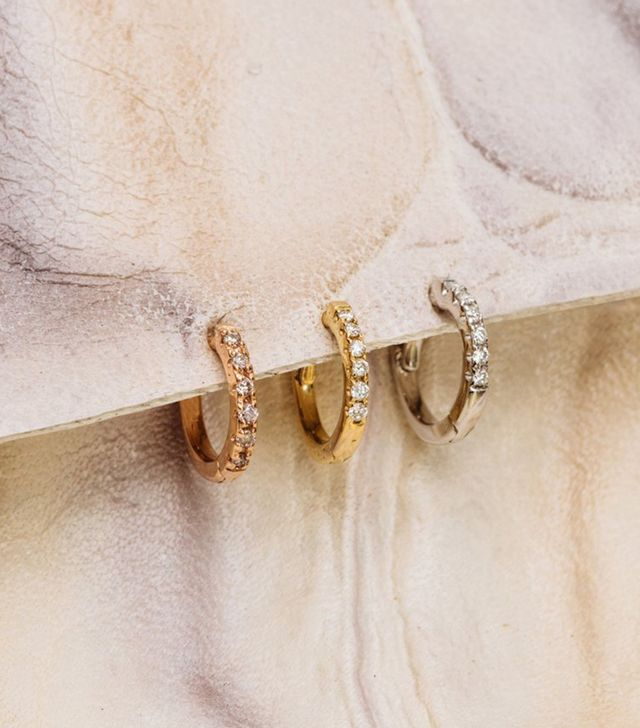 Apres Jewelry The Classique Pave Huggies - 9MM