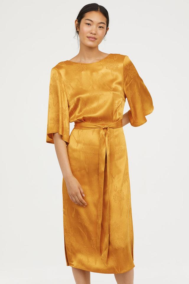 H&M Crêped Dress