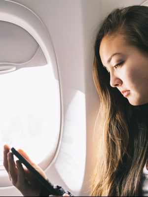 The Frightening Thing That's Happening When You Sit in a Window Seat on a Plane