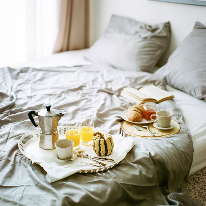 Is It Bad To Eat Before Bed Nutritionists Answer Thethirty