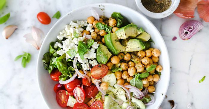 The Simple 10-Minute Salad I Make 3 Times a Week (It's Delicious, I Swear)