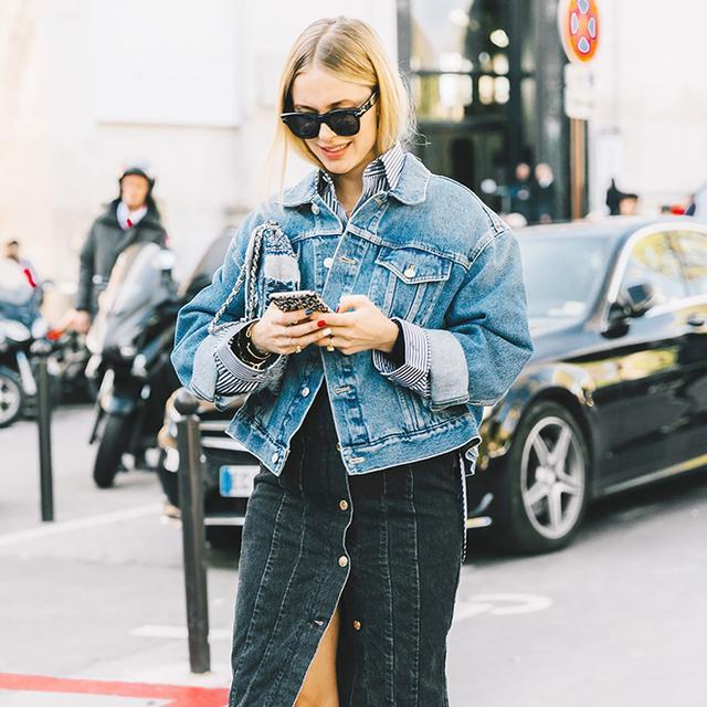 How to Wear an Oversize Denim Jacket