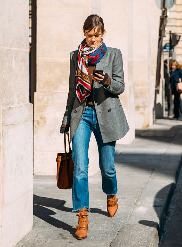 b9bd7853b49 Straight-Leg Jeans Outfits That re Straight-Up Perfect