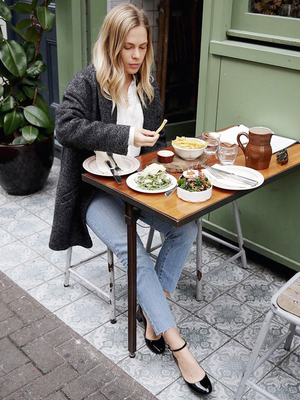 How a Dietitian Cuts 500 Calories Per Meal (Without Changing Her Diet)