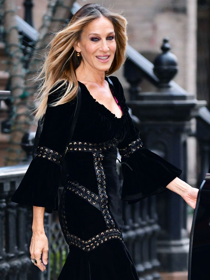 Sarah Jessica Parker Is Now Designing Wedding Dresses Who What Wear