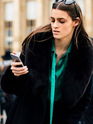 FYI: This Is When You Should Text an Ex (and When You Shouldn't)
