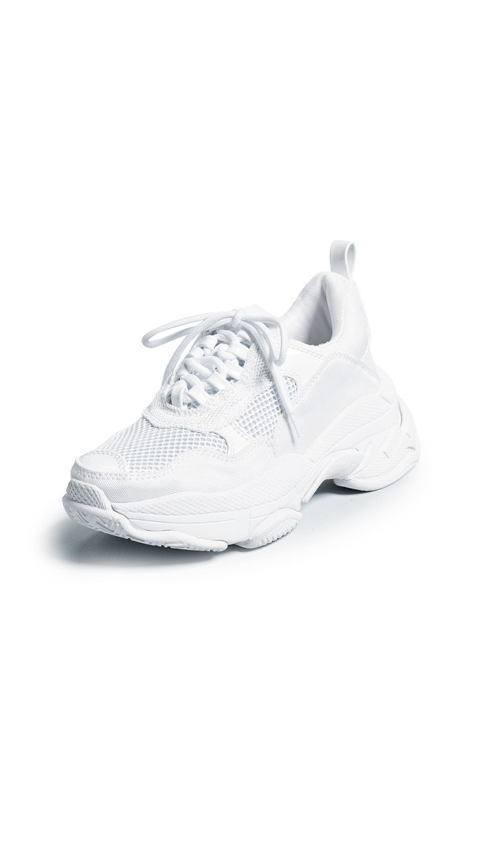9c03e39a3c How to Clean White Shoes in 5 Steps