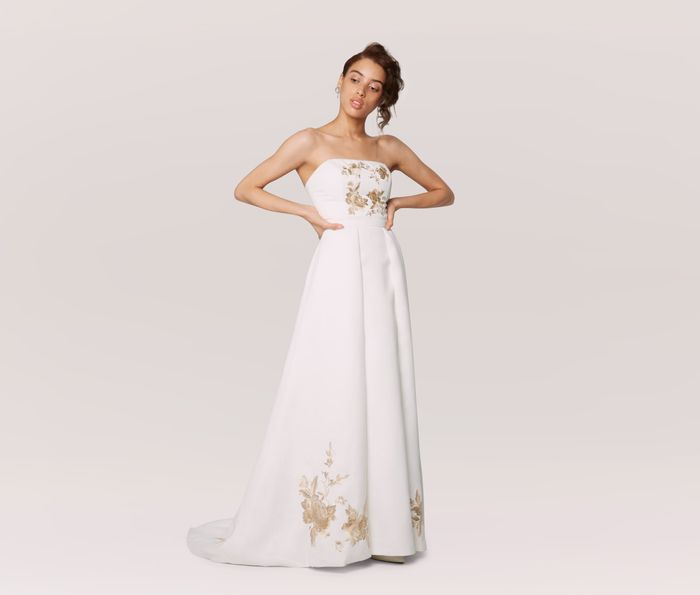 8 Expert Tips For A Wedding Dress Sample Sale Who What Wear
