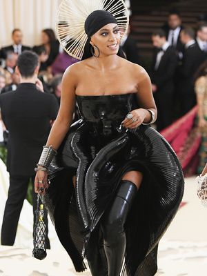 Solange Brought Florida Water onto the Met Gala Red Carpet