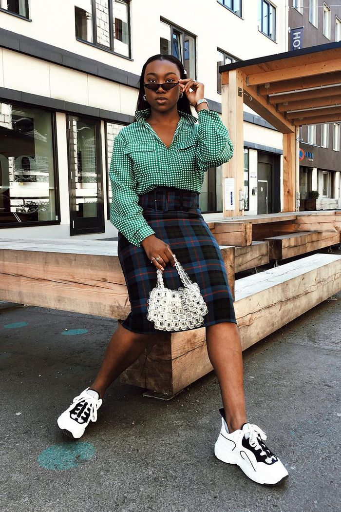 And Now, 17 New Poses to Try on Instagram | Who What Wear