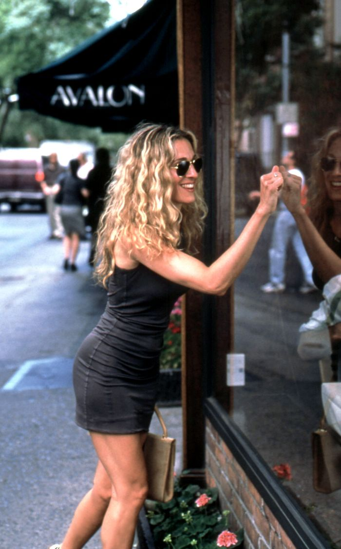 Streets Of Willow >> Here's What Carrie Bradshaw's Summer Style Would Be in ...