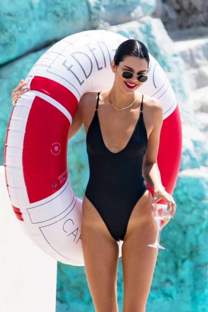 7d9296063254 Pinterest. Photo: Backgrid. On Kendall Jenner: Ray-Ban Hexagon Sunglasses  ($153); Gooseberry Intimates So Chic One ...