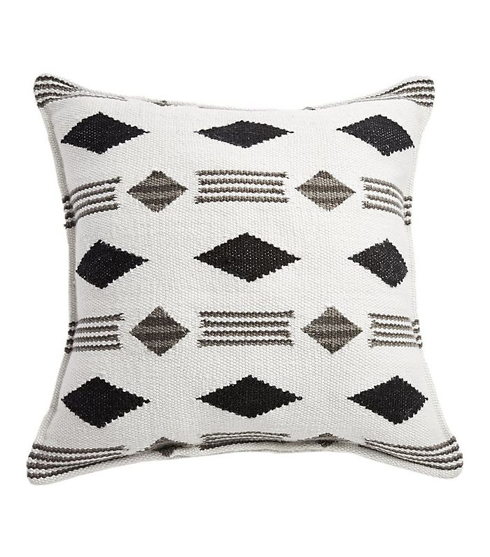 15 Outdoor Throw Pillows To Make You Want To Bask In The Sun Mydomaine