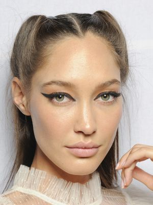So, These Are the Beauty Looks From Fashion Week That You'd Actually Wear IRL