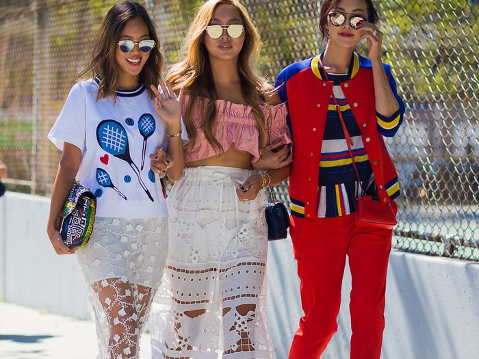 10 Cool-Girl Outfits For Summer