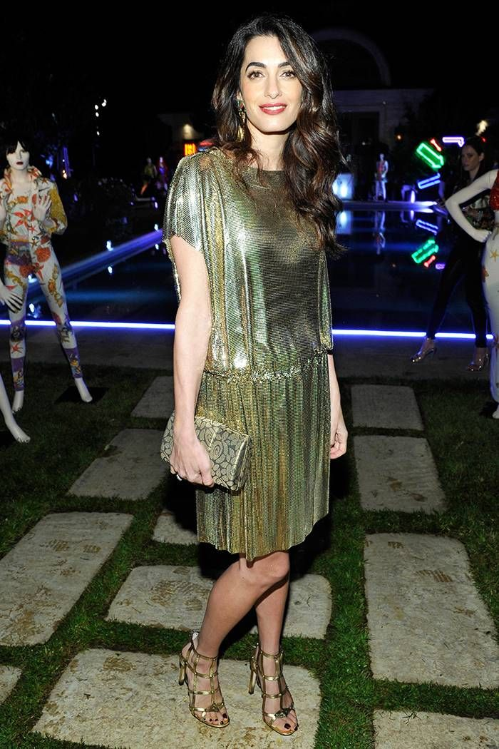 bí quyết phối đồ thời trang giấu tuổi Amal Clooney