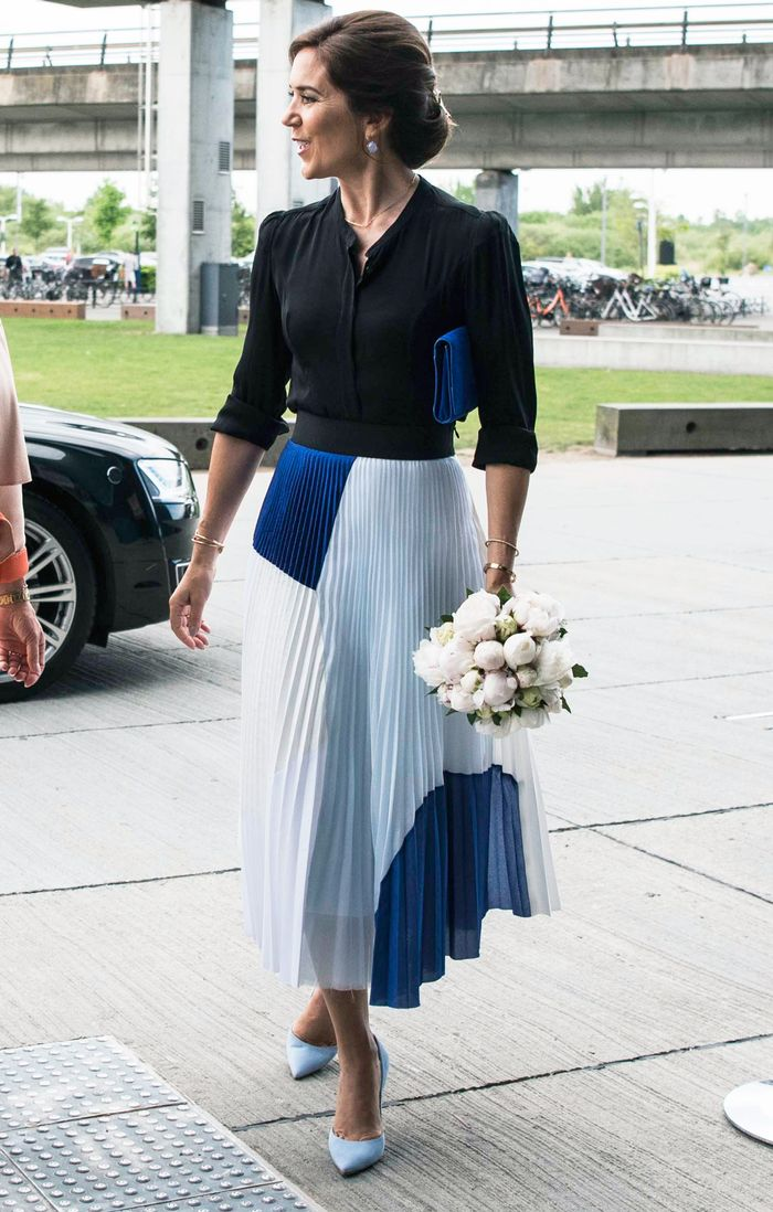 princess mary of denmark u0026 39 s sustainable outfit