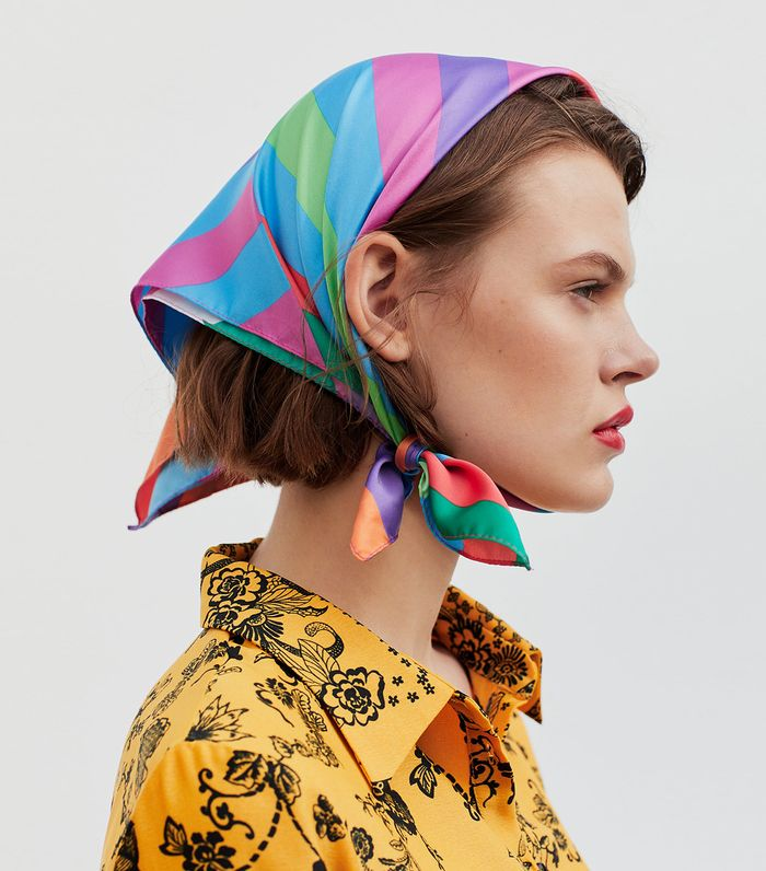The Chicest Way To Tie A Scarf On Your Head Who What Wear