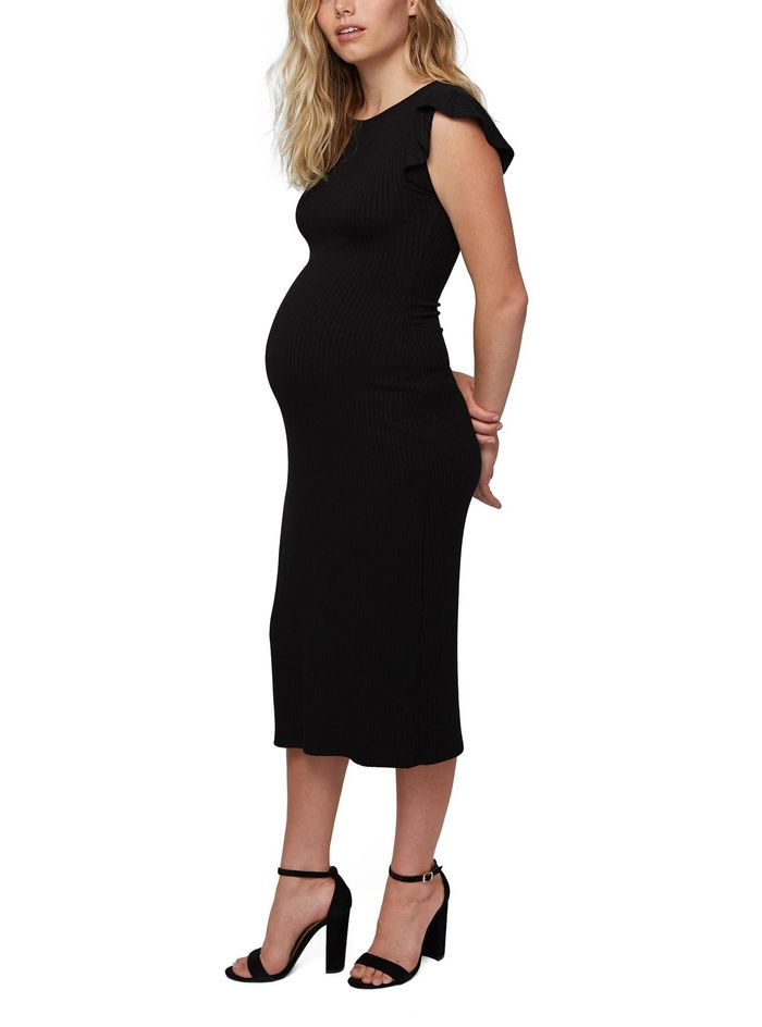 c7c8399af12 These 2 Maternity Dress Styles Are Insanely Flattering