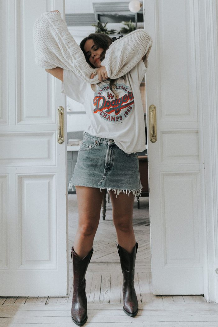 Fashion week Outfits stylish with cowboy boots for lady