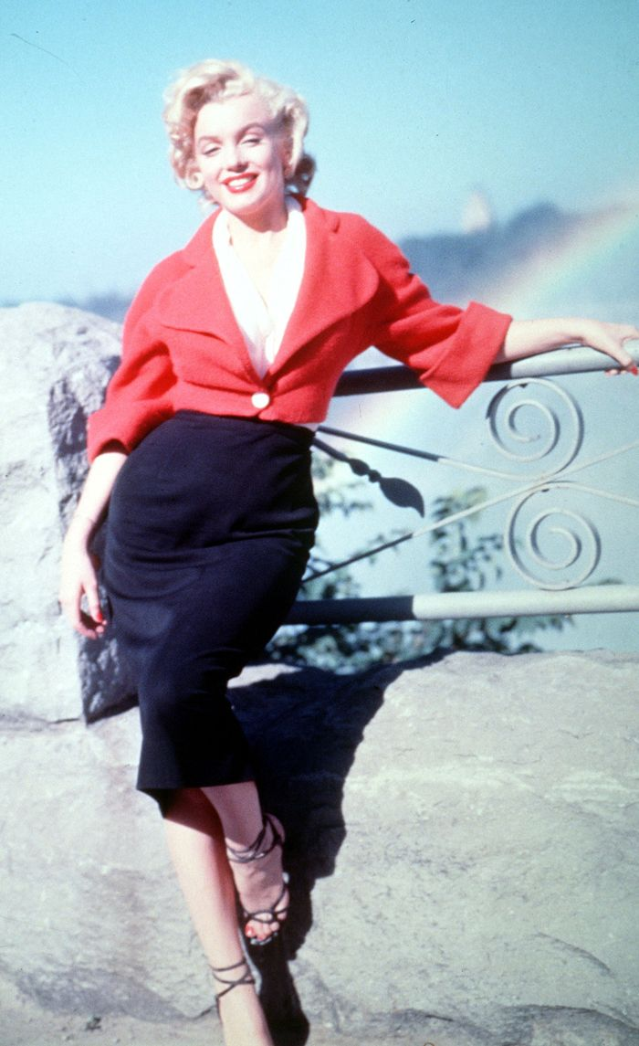 '50s Fashion Trends: The Most Iconic Looks of the Fifties ...