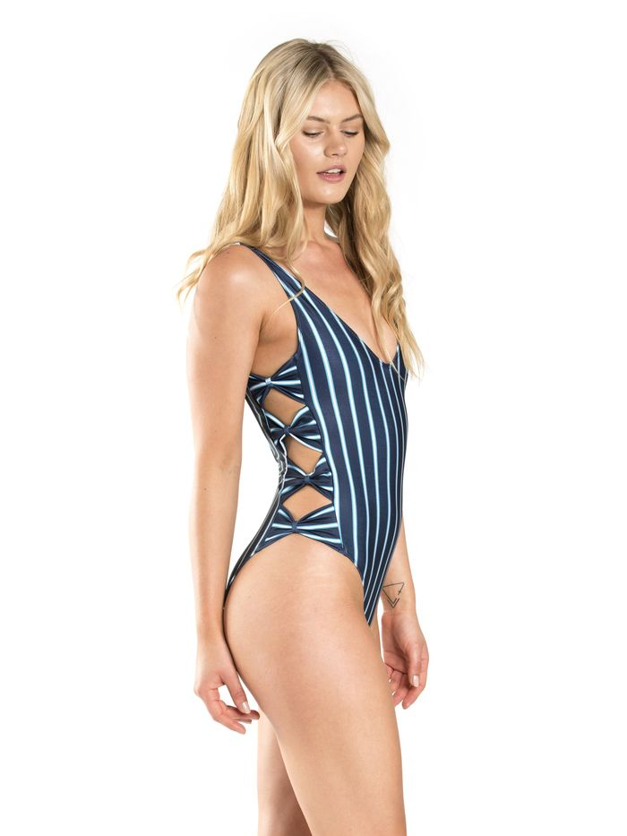 2fbd043016 The Best Australian Swimwear Brands to Shop Online | Who What Wear