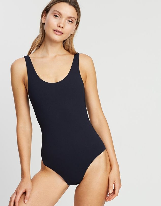 Assembly Label Low Back One-Piece
