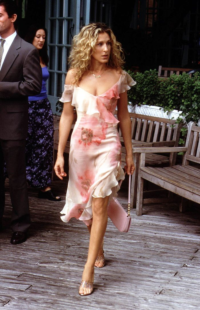 All The Shoes Carrie Bradshaw Would Wear In 2018  Who What Wear-6146