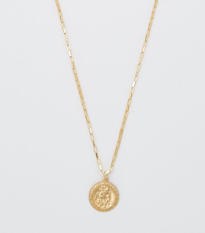 ac5b1aa2b5a The Cute Gold Necklaces Everyone Should Know About | Who What Wear