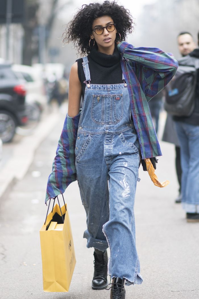 b6d75e0ee203 20 Outfits That Make the '90s Look the Coolest | Who What Wear