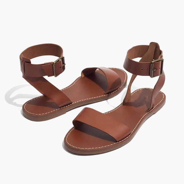 6ad75fa25e18fa summer wardrobe essentials madewell sandals