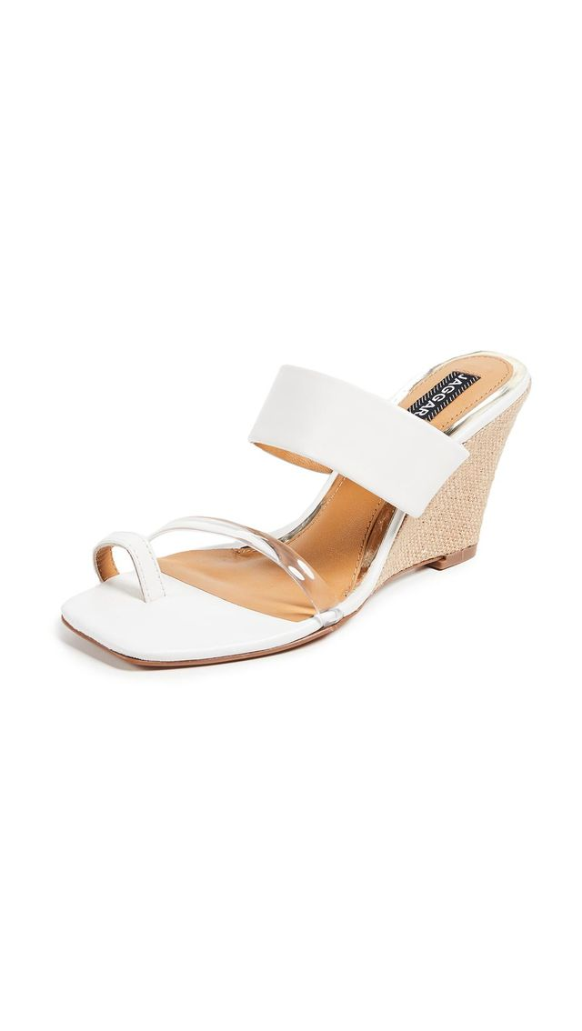 Wedged Strappy Toe Ring Sandals