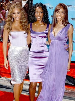 The 2000s Fashion Trends Everyone Will Wear This Year