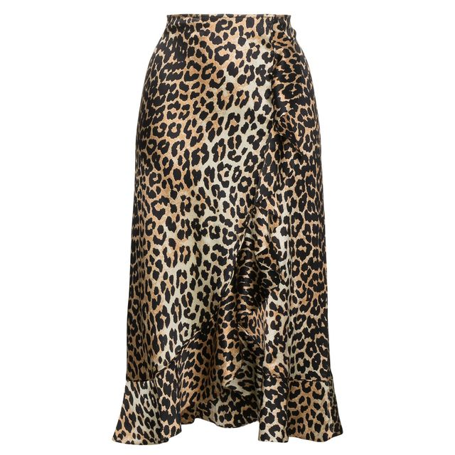 first-date outfit: leopard skirt