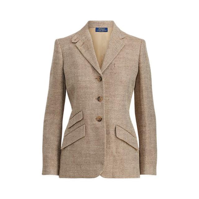 first-date outfit: linen blazer