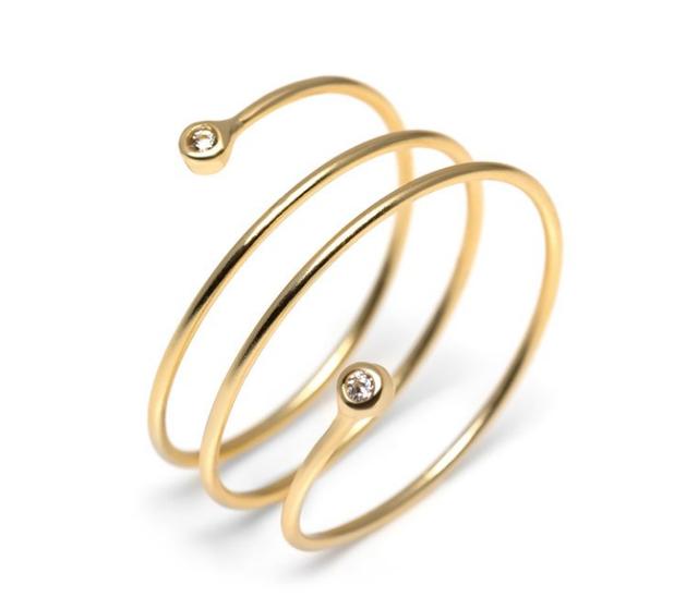 Alex Mika Hal Ring