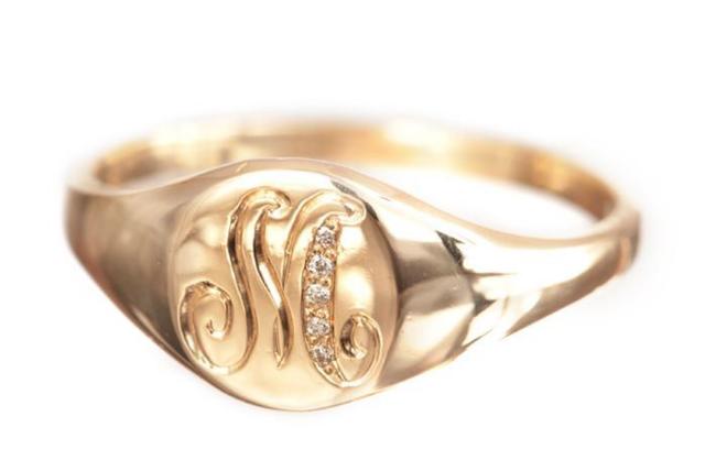 Ariel Gordon Classic Signet Ring