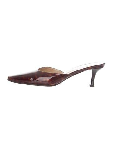 Patent Leather Pointed-Toe Mules