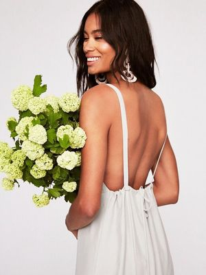 How to Find the Perfect Bridesmaid Dresses to Complement Your Wedding Aesthetic